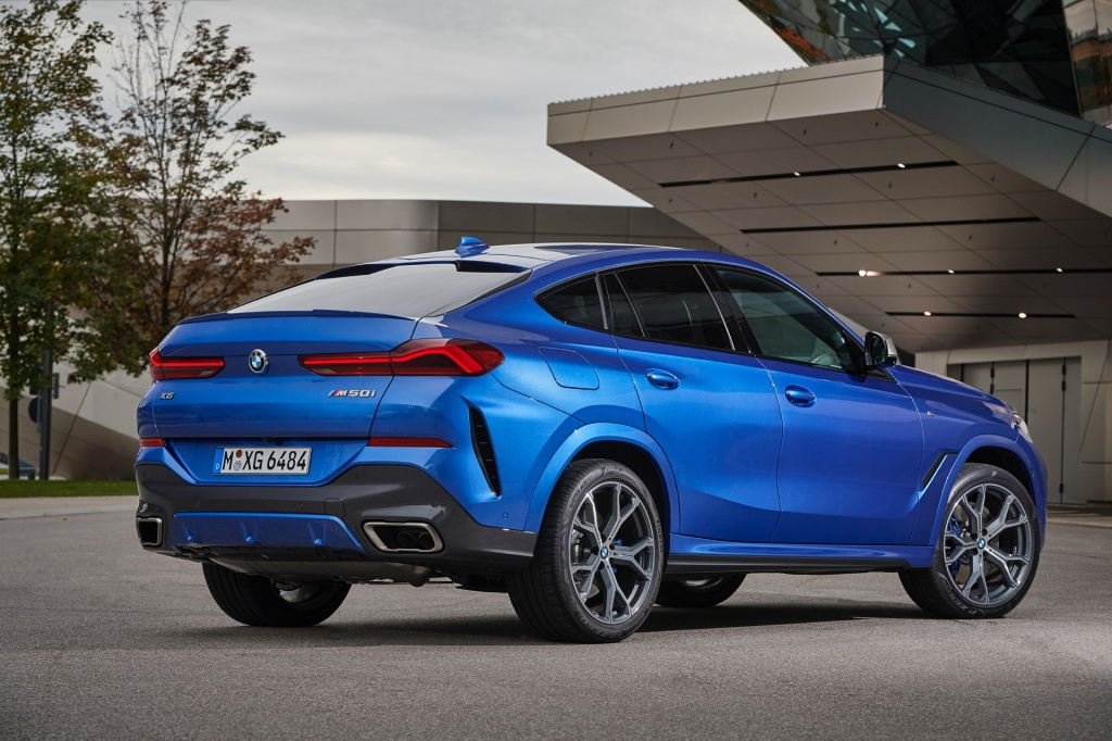 BMW-X6-M50i-Review57.jpg