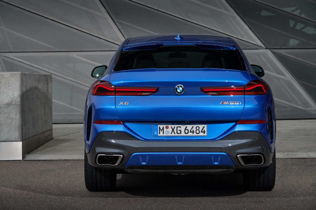 BMW-X6-M50i-Review77.jpg